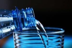 哪些矿泉水是碱性的碱性矿泉水有哪些
